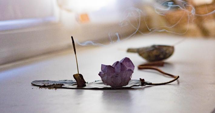 incense amethyst dharma yoga house